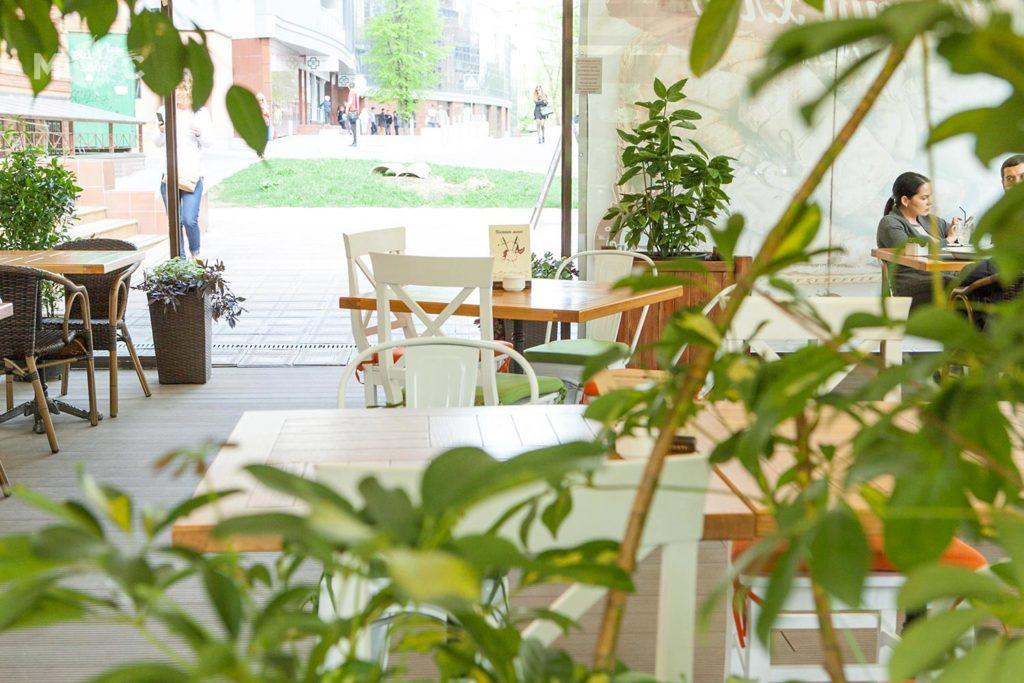 Летнаяя терраса в ресторане Монтекки Капулетти_07