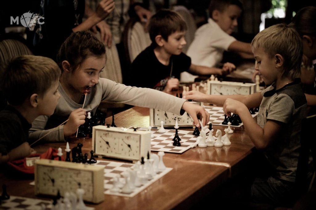 Детская Шахматная Школа в ресторане Монтекки Капулетти_25