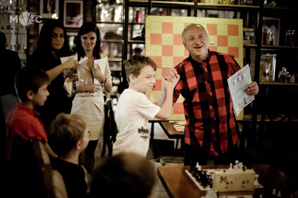 Детская Шахматная Школа в ресторане Монтекки Капулетти_16