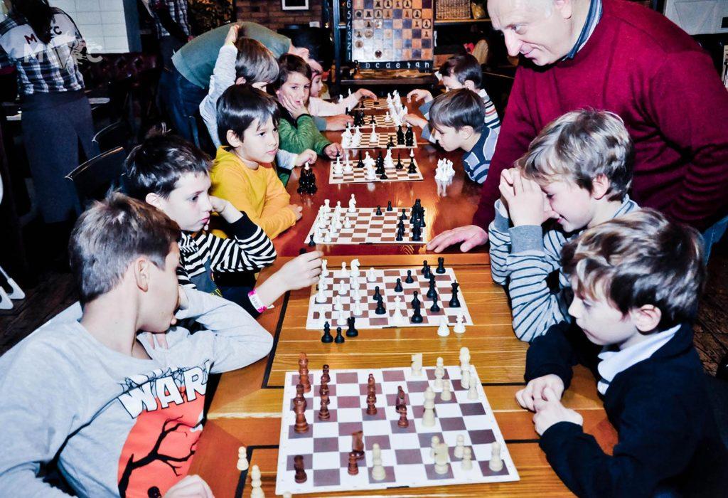 Детская Шахматная Школа в ресторане Монтекки Капулетти_14