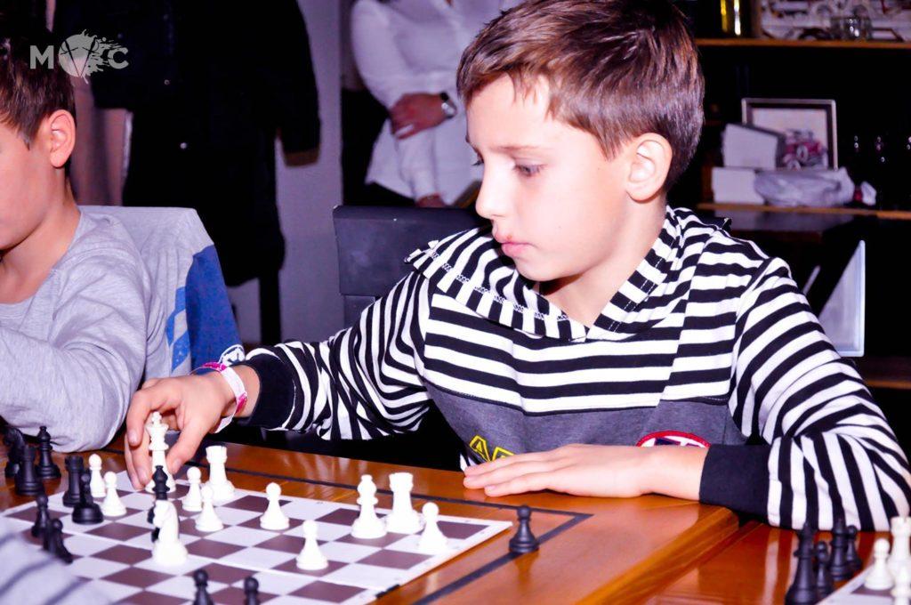 Детская Шахматная Школа в ресторане Монтекки Капулетти_01