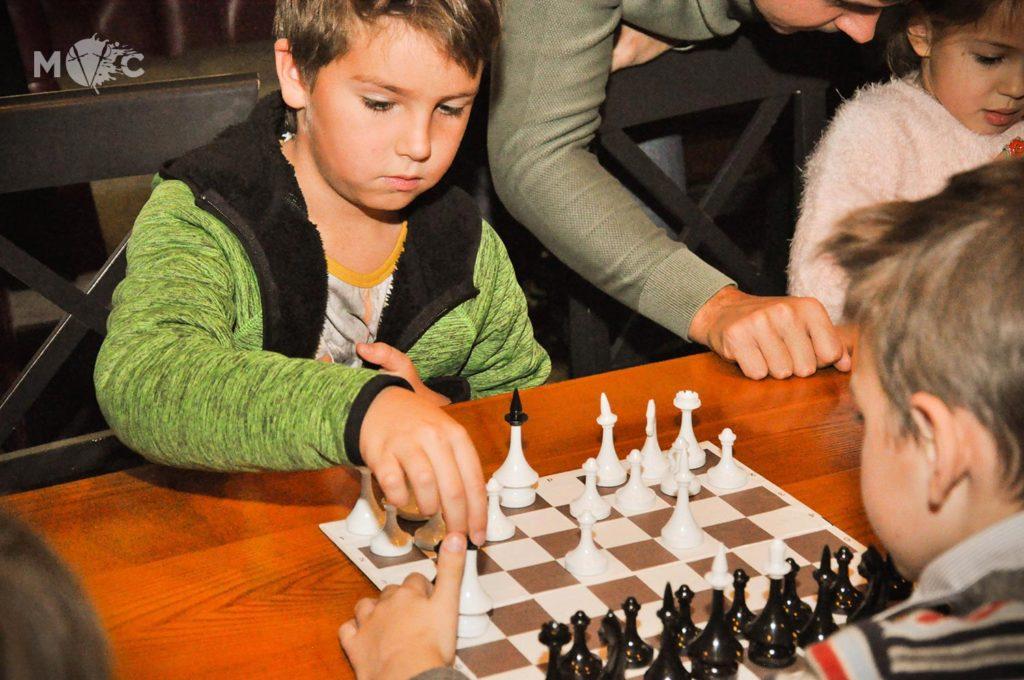 Детская Шахматная Школа в ресторане Монтекки Капулетти_03