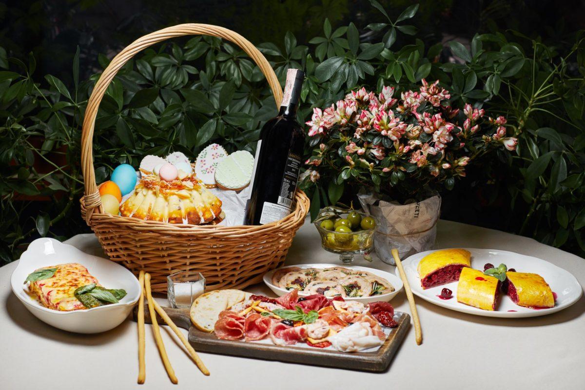 Традиционные пасхальные корзины в ресторане Монтекки Капулетти